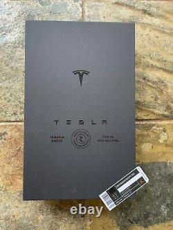 EMPTY TESLA TEQUILA BOTTLE + STAND + BOX LIMITED IN HAND FAST SHIP elon musk