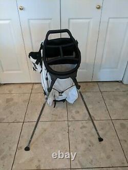 New Rare Light Weight PXG White Golf Bag With Stand Fast Ship