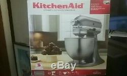 New in Box! KitchenAid KSM95CU 300W Stand Mixer 4.5 Quart Silver, Free Shipping