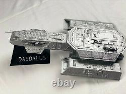 Stargate SG-1 Daedalus ship and Goa'uld mothership with stands